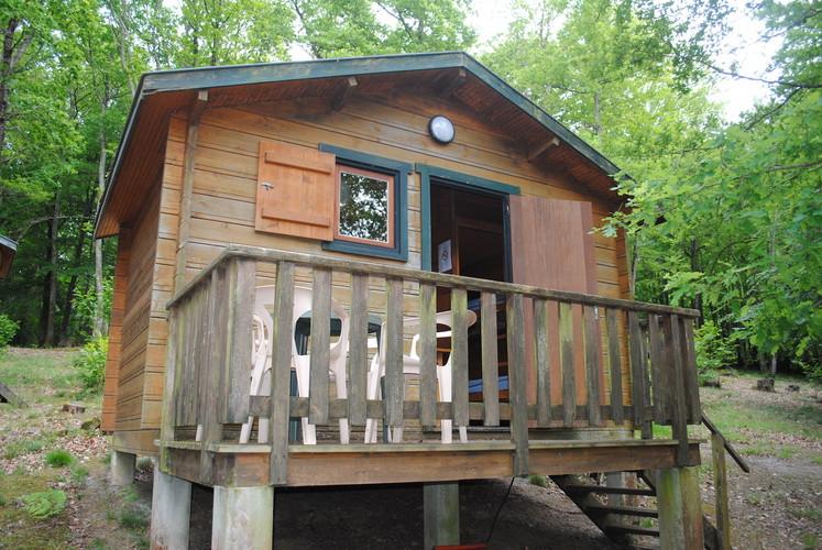 Cabane en bois camping