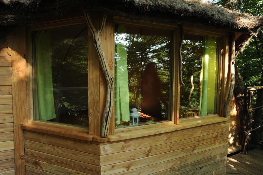 Cabane dans les bois ranchot