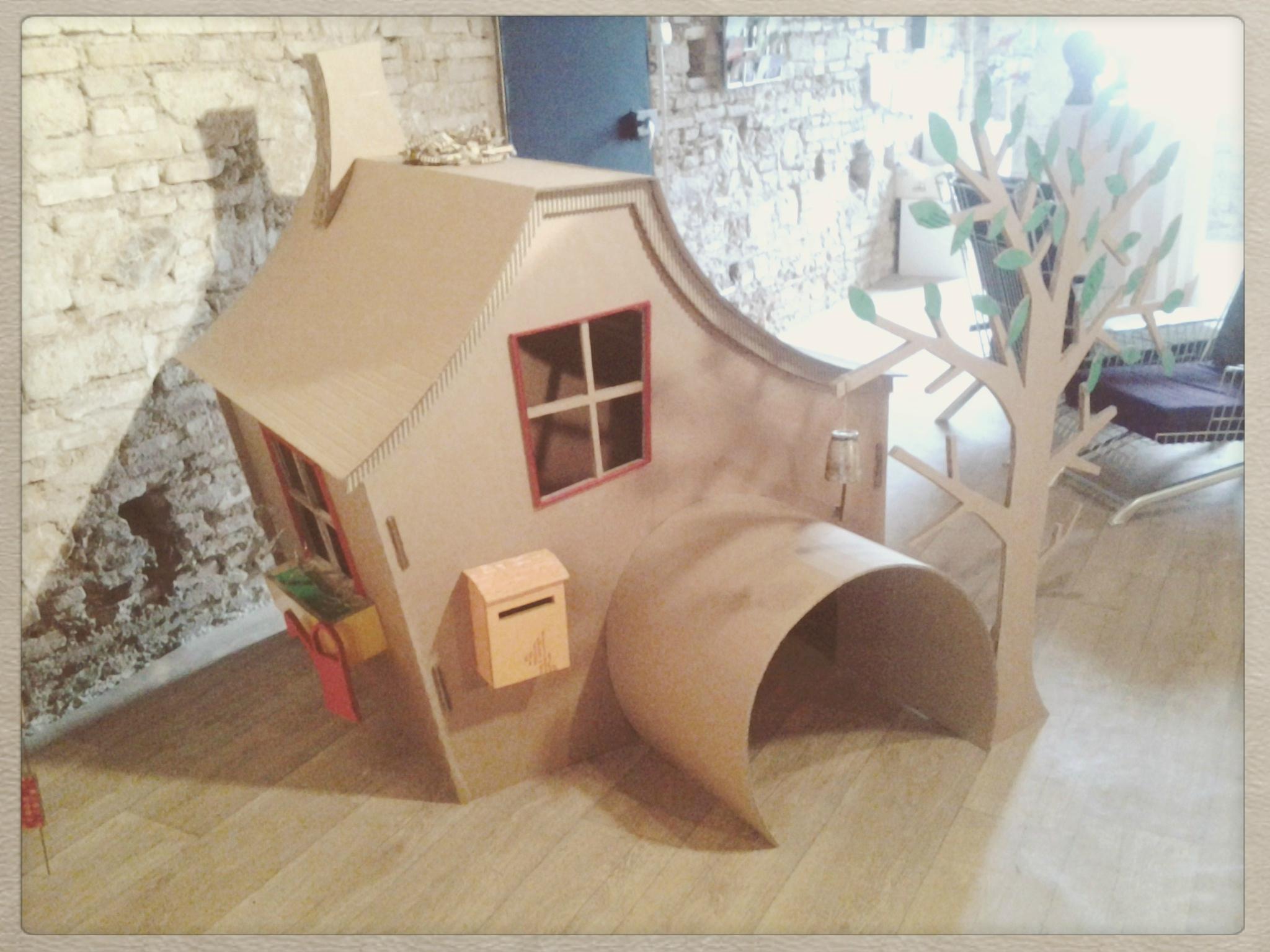 Fabrication de cabane en carton