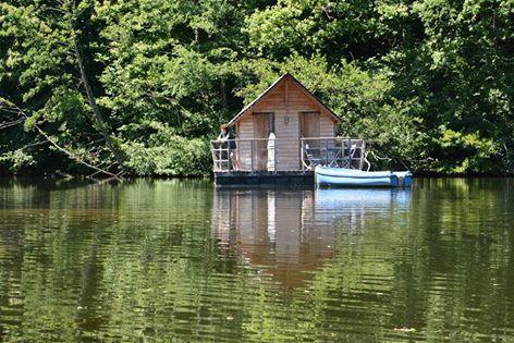 Cabane dans l'eau france