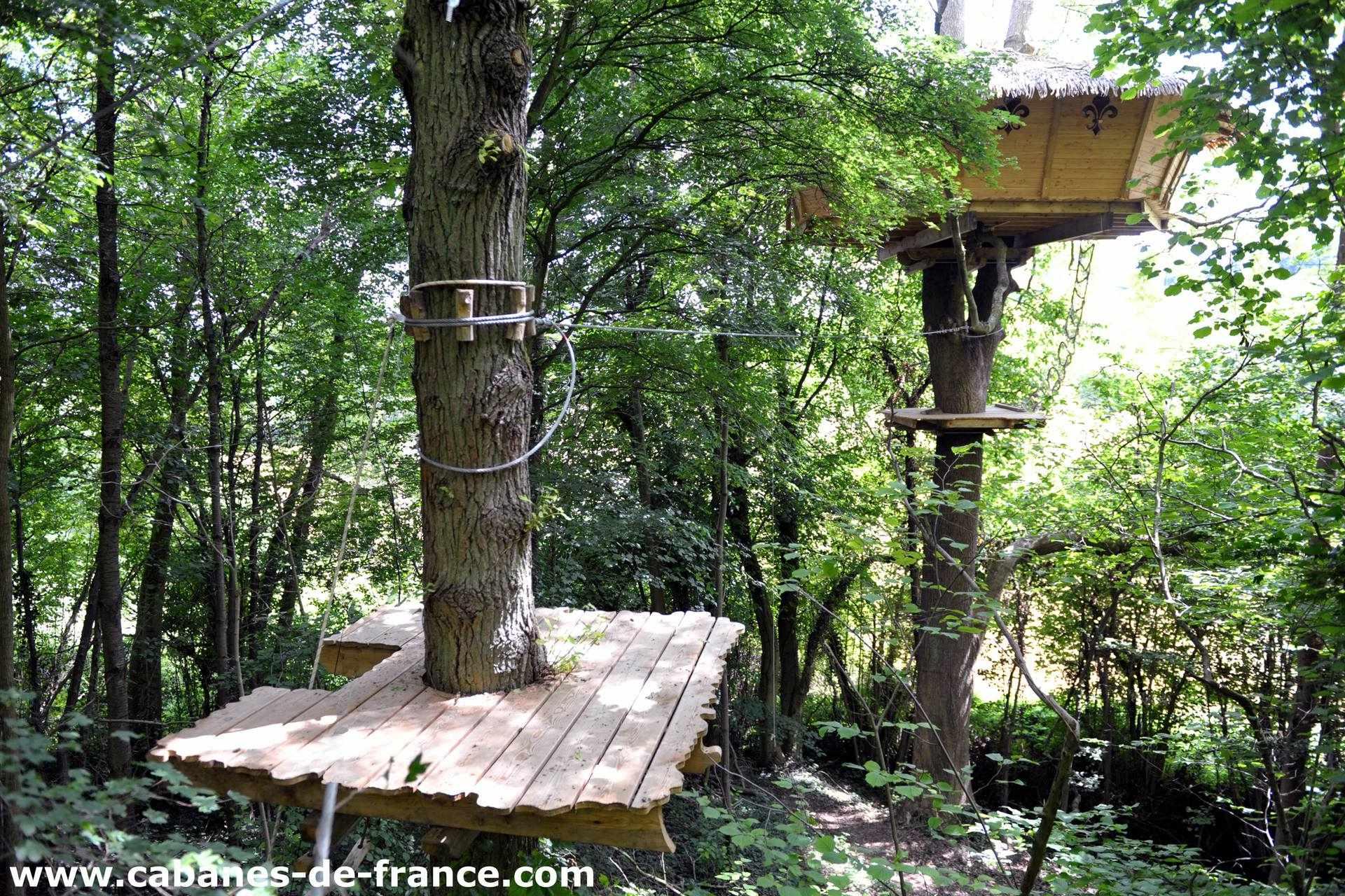 Cabane dans les bois normandie