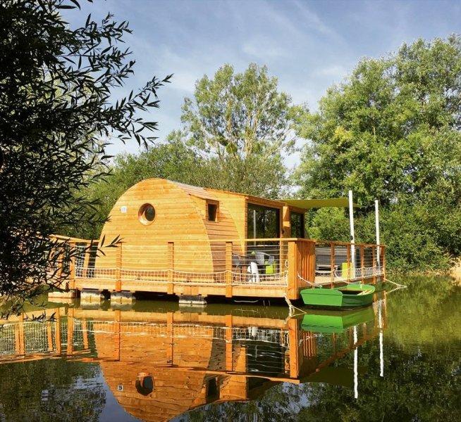 Cabane sur l'eau jacuzzi