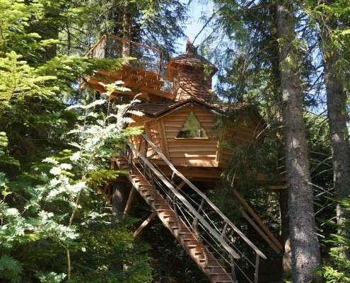Cabane dans les arbres puy de dome