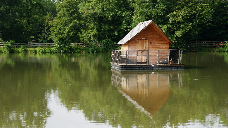 Cabane sur l'eau est france