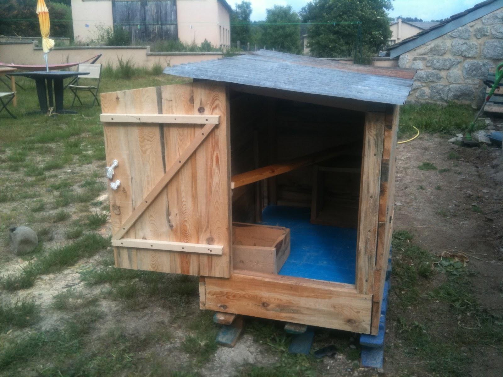 Cabane poule construire