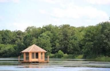 Cabane sur l'eau en rhone alpes