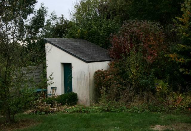 Cabane au fond du jardin taxe