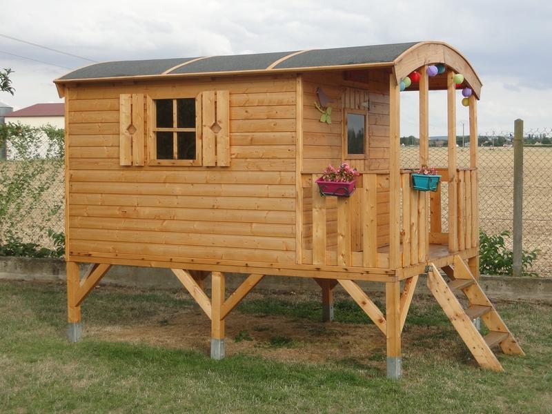 cabane sur pilotis kit jardin. Black Bedroom Furniture Sets. Home Design Ideas