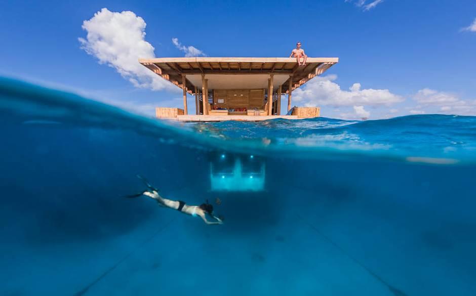Voyage cabane sur l'eau