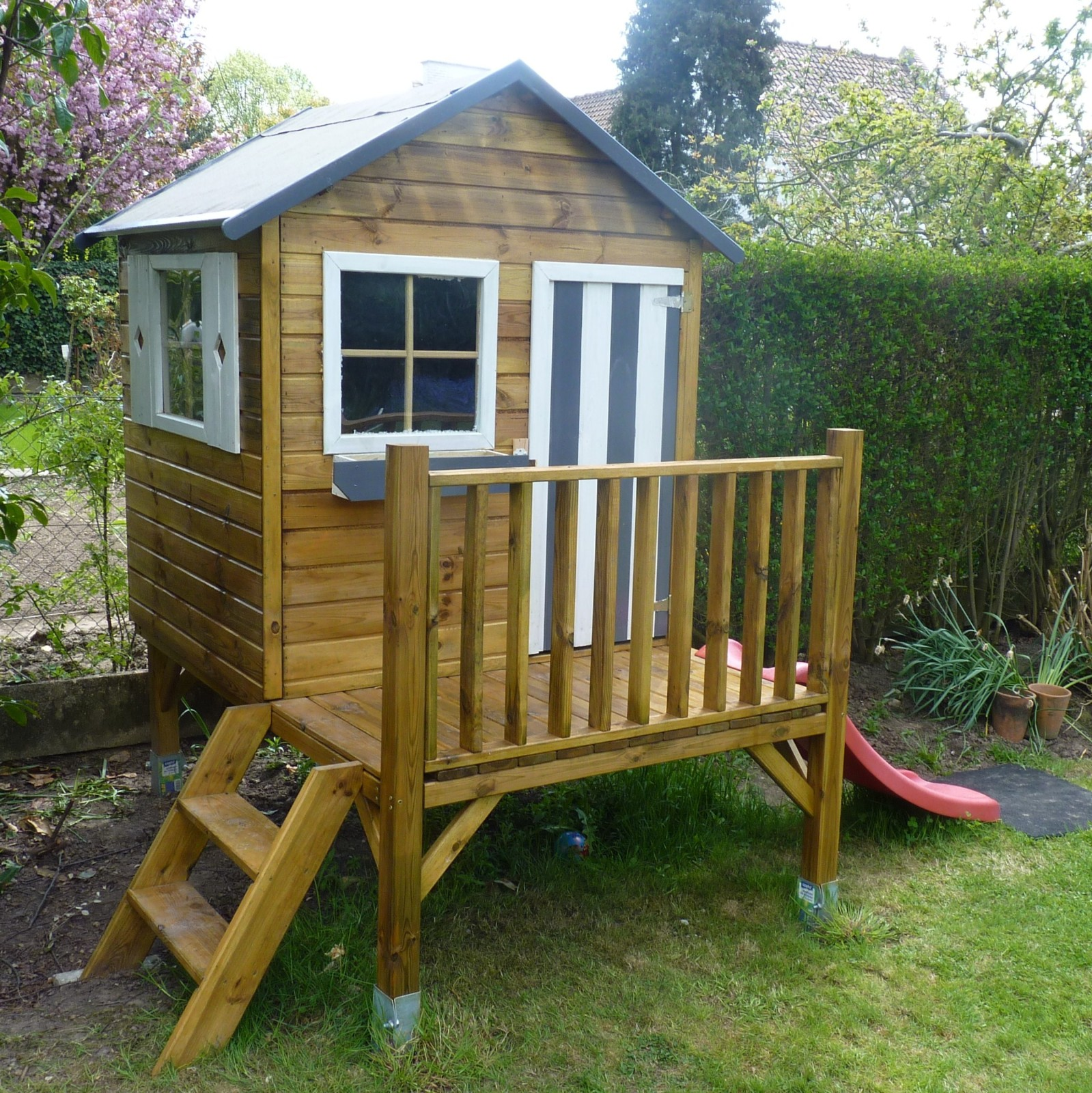 cabane en bois facile jardin