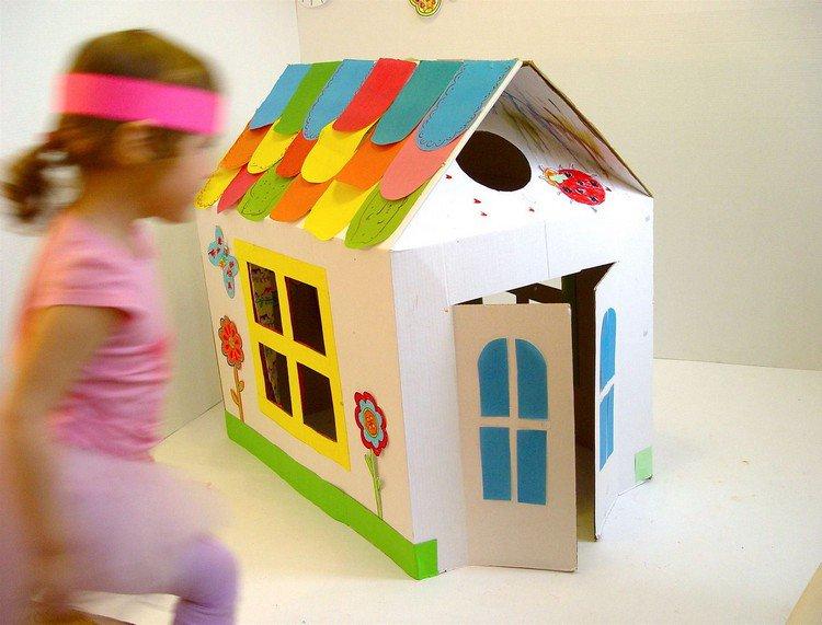 Creer une cabane en carton