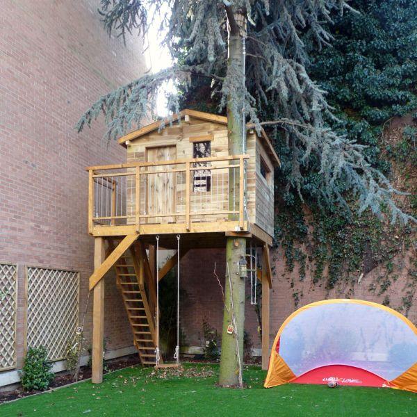 Construire cabane en bois dans un arbre jardin - Construire une cabane de jardin ...