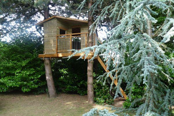 Cabane en bois en hauteur