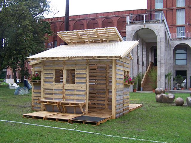Une cabane en palette
