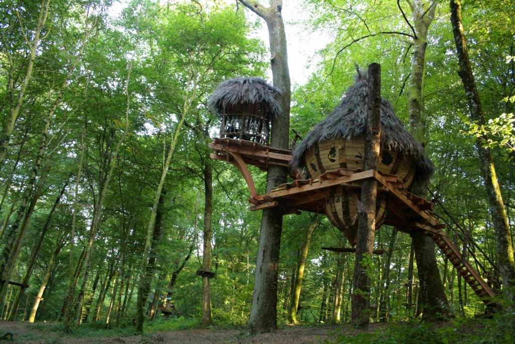 Cabane dans les arbres roanne