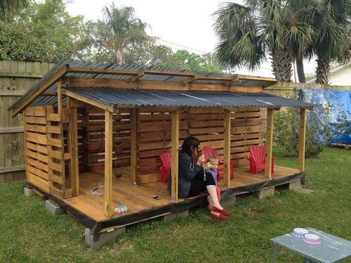 Fabriquer cabane en bois de palette