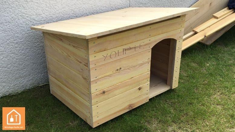 Cabane en palette pour chien