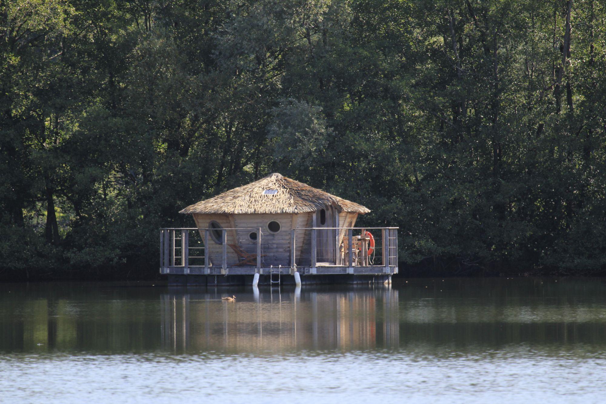 Cabane sur l'eau champagne ardennes