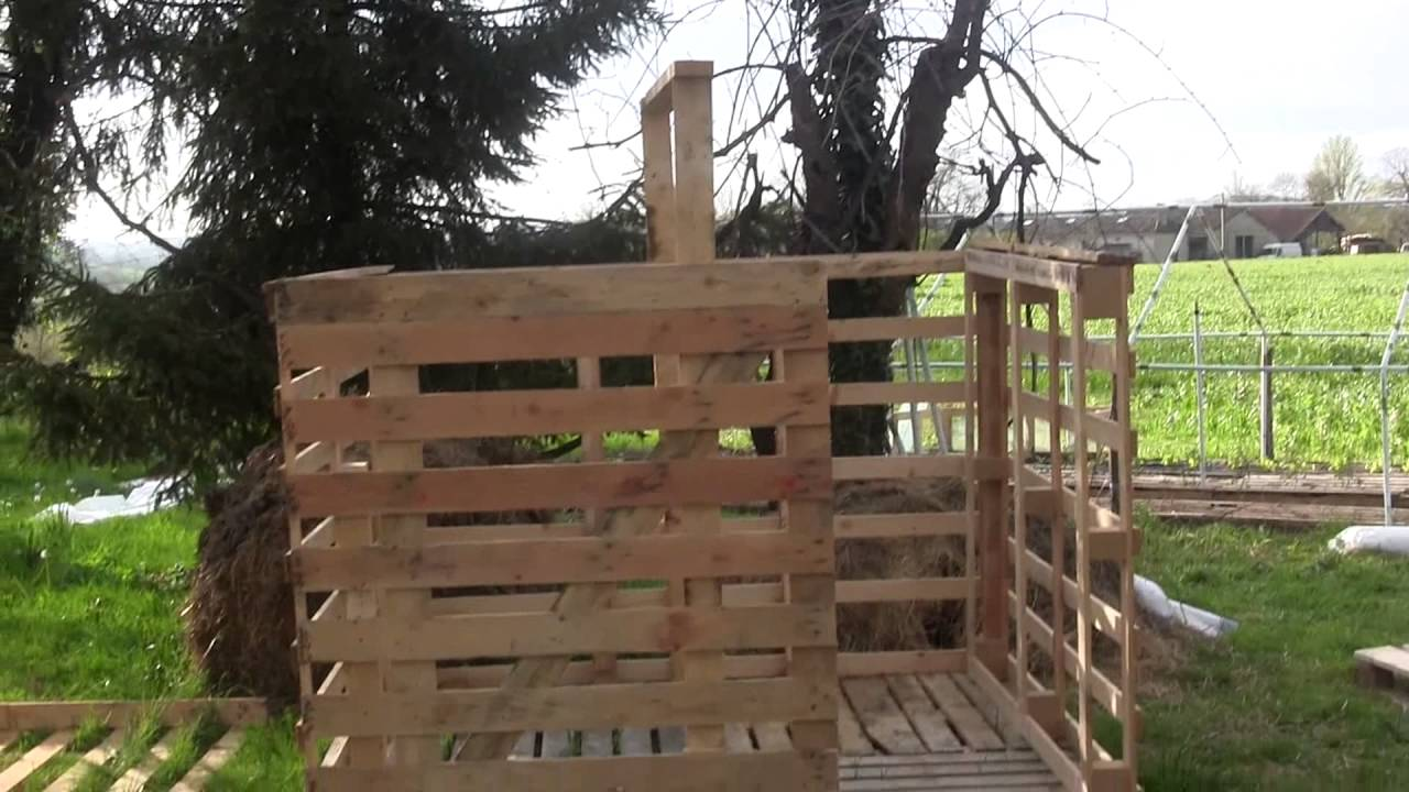 Cabane en palette en bois