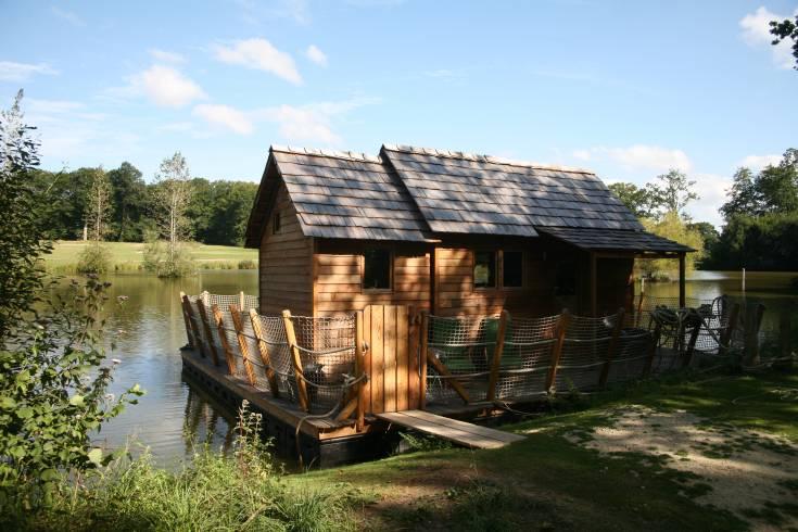 Cabane sur l'eau en bretagne