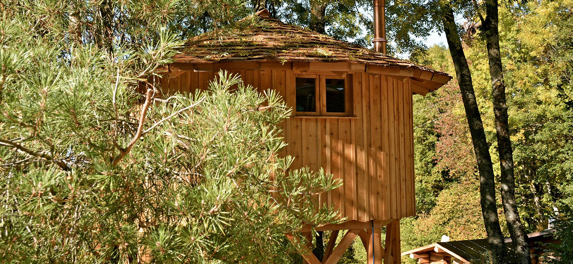 Cabane arbre savoie