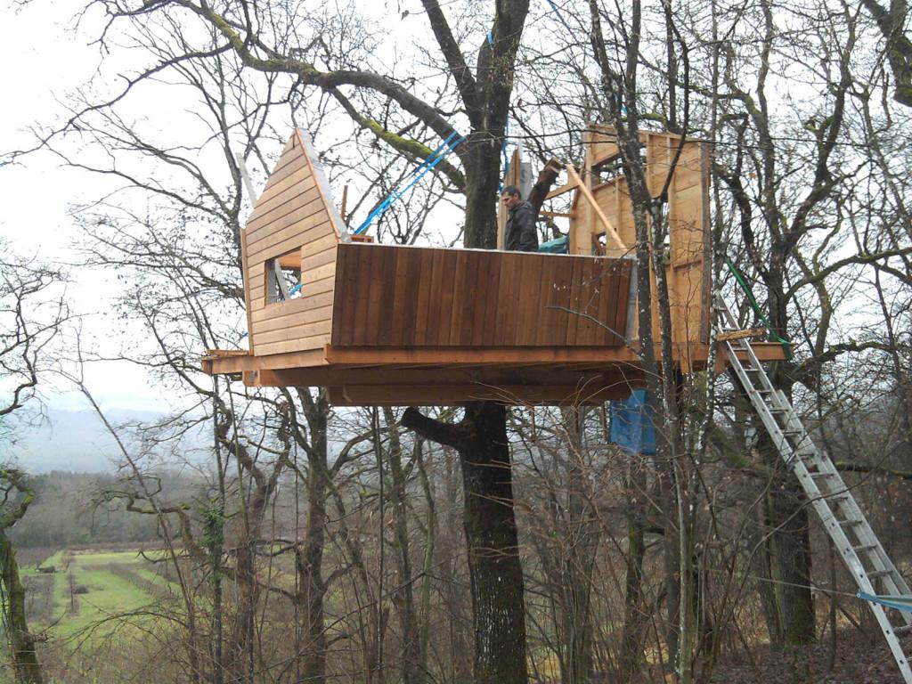 Construire une cabane dans les bois