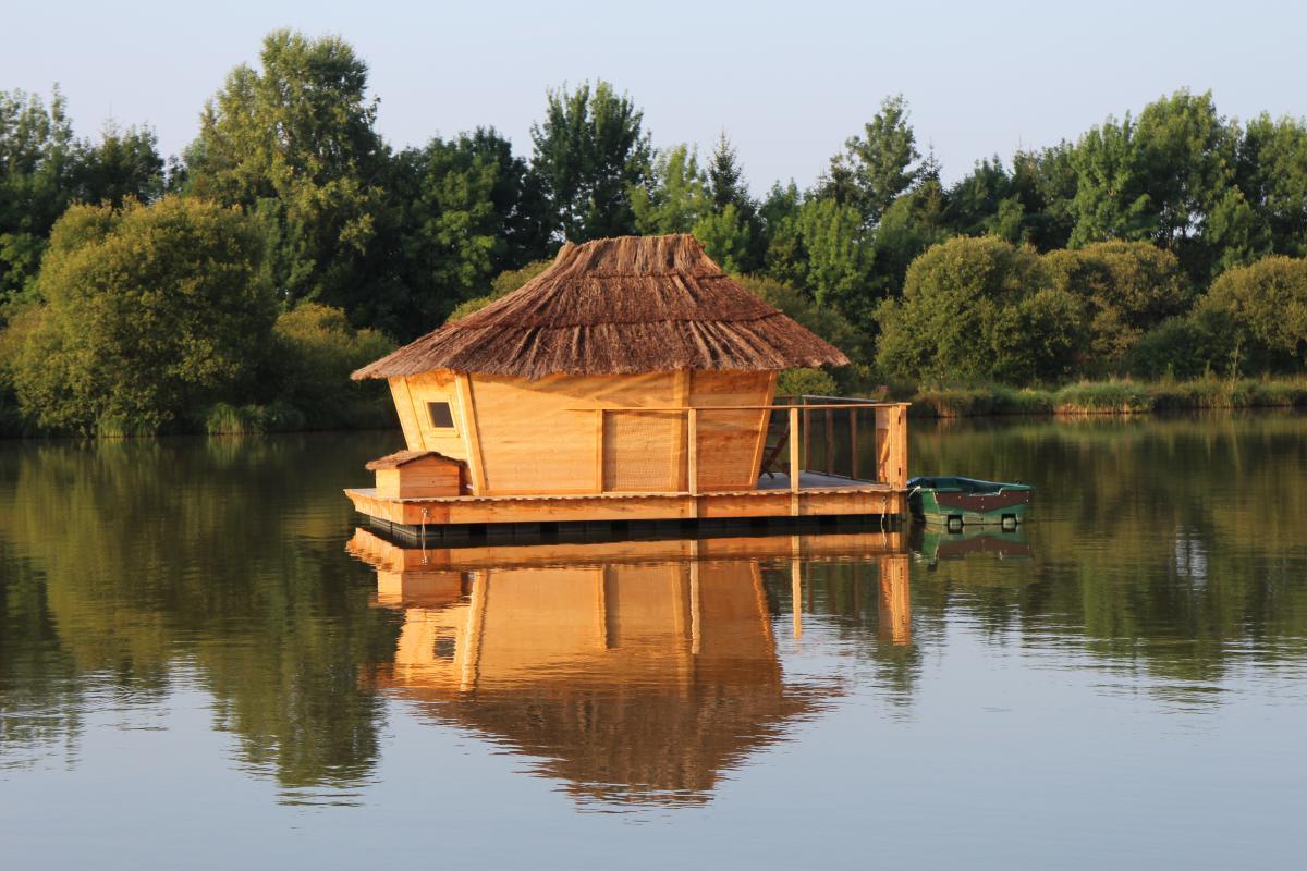 Cabane sur l'eau tours