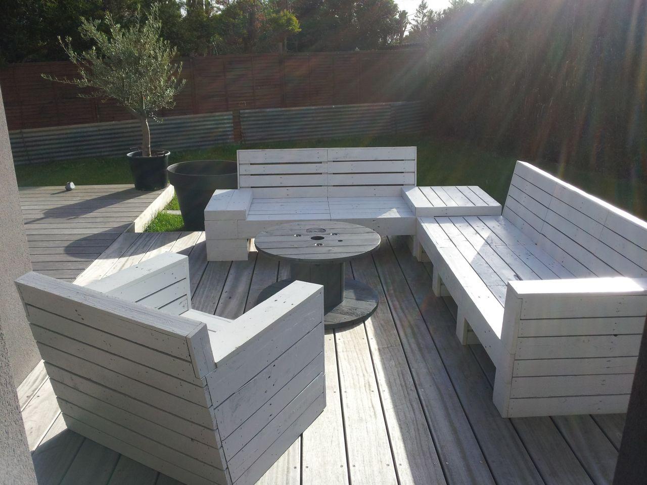 Salon de jardin en palette en bois comment faire - Mailleraye.fr jardin
