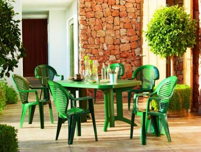 rafraichir un salon de jardin en plastique