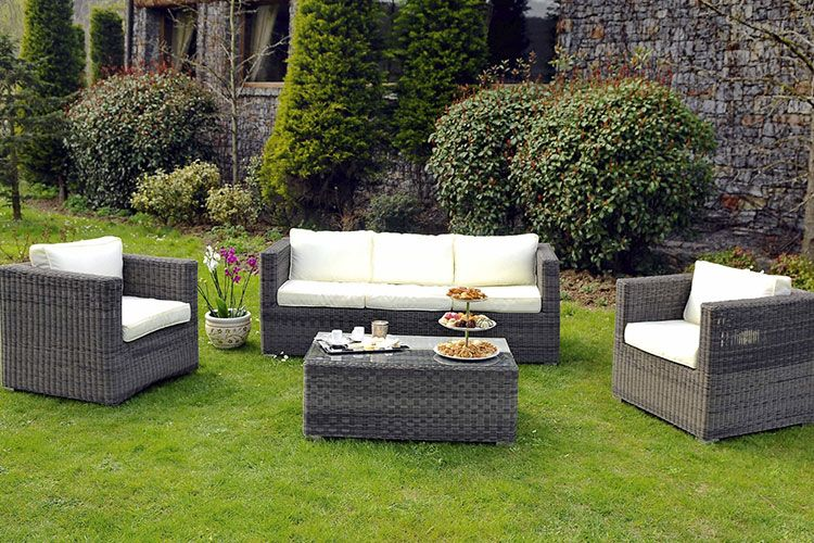 comment nettoyer un salon de jardin en rotin jardin. Black Bedroom Furniture Sets. Home Design Ideas