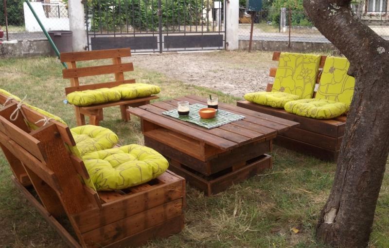 coussin salon de jardin palette pas cher. Black Bedroom Furniture Sets. Home Design Ideas