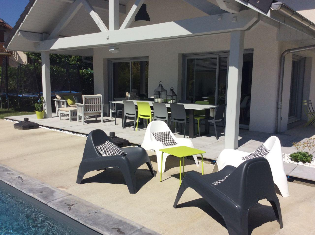 salon de jardin carrefour hyba jardin. Black Bedroom Furniture Sets. Home Design Ideas