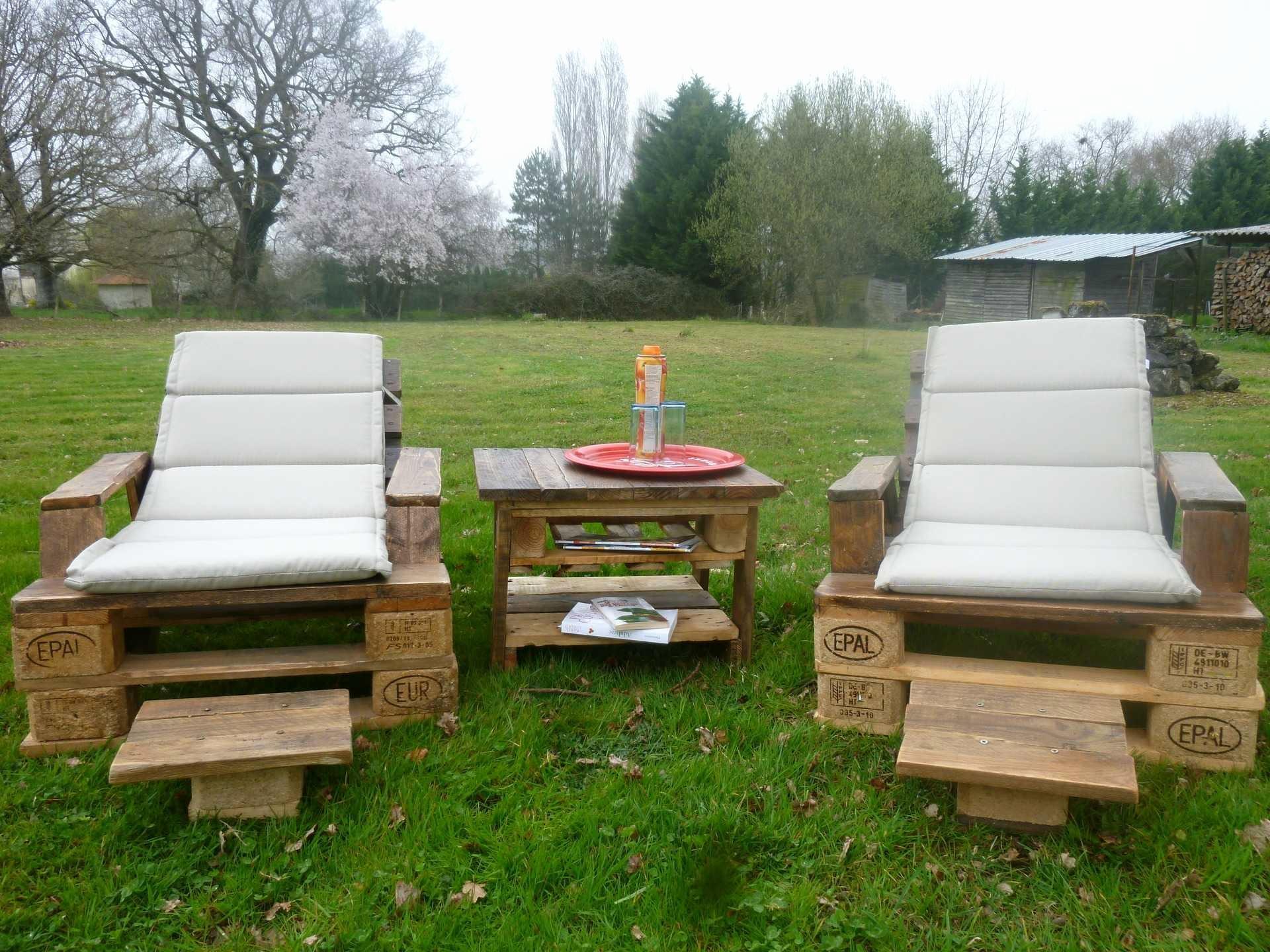 Salon de jardin en palette europe - Mailleraye.fr jardin