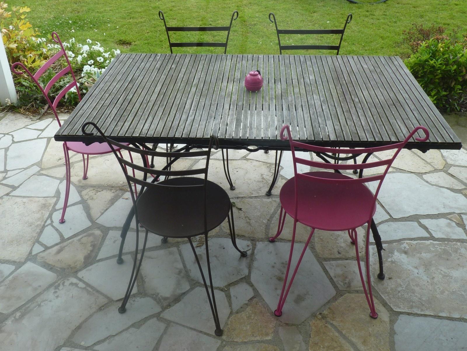 Salon de jardin en fer forgé et mosaique pas cher - Mailleraye.fr jardin