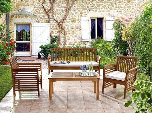 Renover salon de jardin en bois exotique - Mailleraye.fr jardin