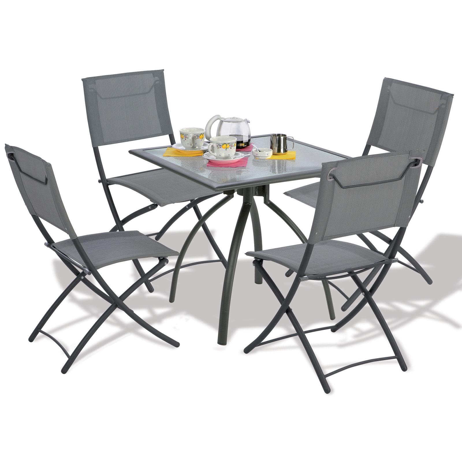 Table avec chaise de jardin - Mailleraye.fr jardin
