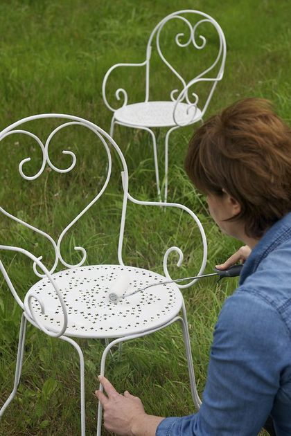 Repeindre un salon de jardin en metal