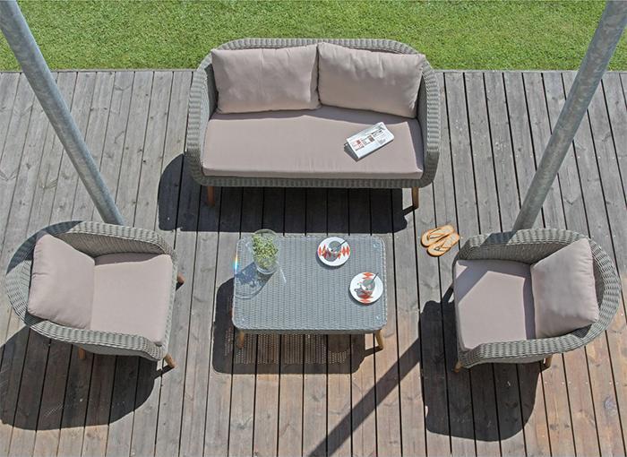 salon de jardin confortable jardin. Black Bedroom Furniture Sets. Home Design Ideas