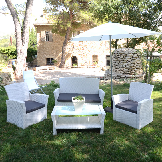 Salon de jardin en résine tressée blanc - Mailleraye.fr jardin