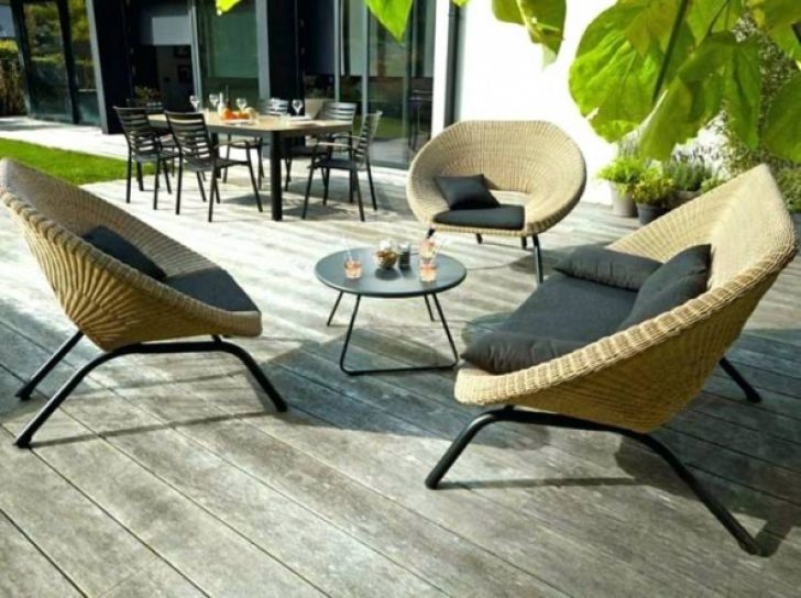 Salon de jardin castorama 169€