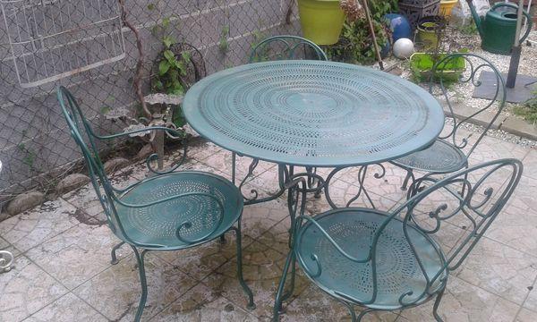 Table de salon de jardin en fer - Mailleraye.fr jardin