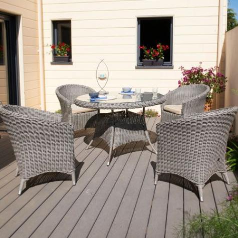 Salon de jardin isa - table + 4 fauteuils en résine tressée ...
