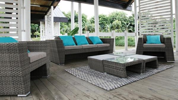Salon de jardin en rotin pour veranda