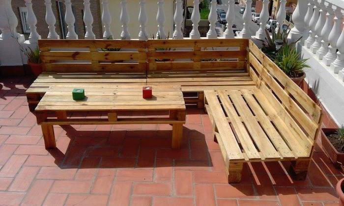 Construire un salon de jardin en palette - Mailleraye.fr jardin