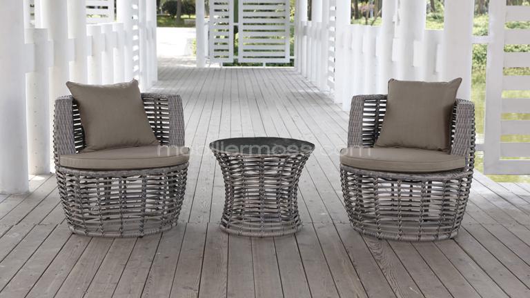 Salon de jardin avec chaise de couleur - Mailleraye.fr jardin