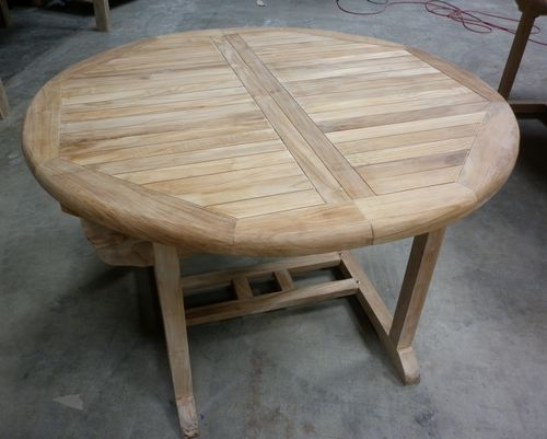 Salon de jardin en teck avec table ronde - Mailleraye.fr jardin