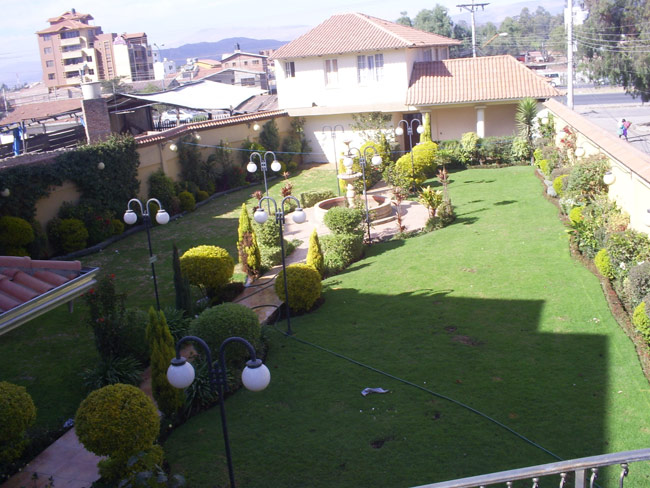 Salon de eventos casa jardin quillacollo bolivia