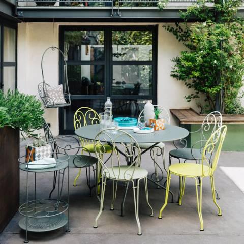 salon de jardin fermob montmartre jardin. Black Bedroom Furniture Sets. Home Design Ideas