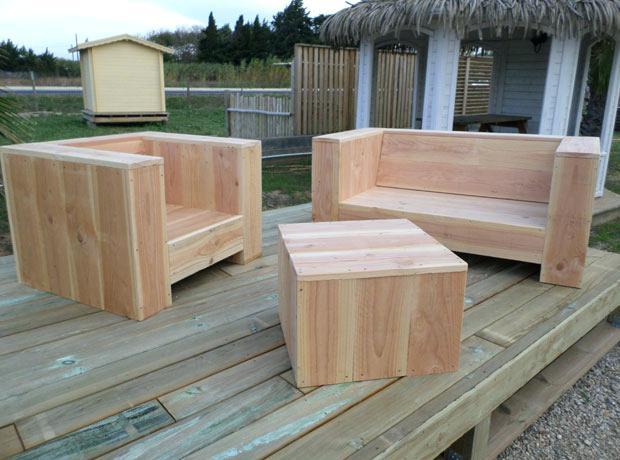 Poncer salon de jardin bois exotique