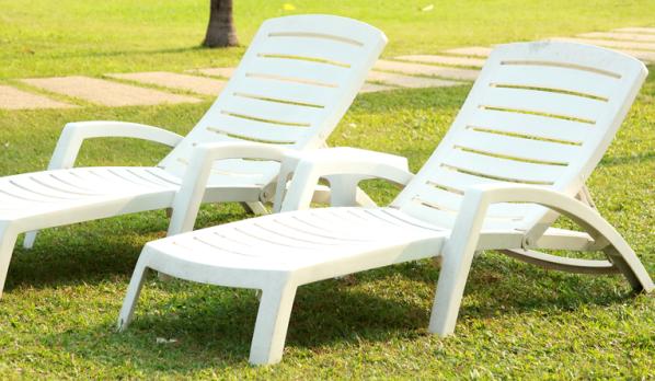 Nettoyer le salon de jardin en plastique - Mailleraye.fr jardin